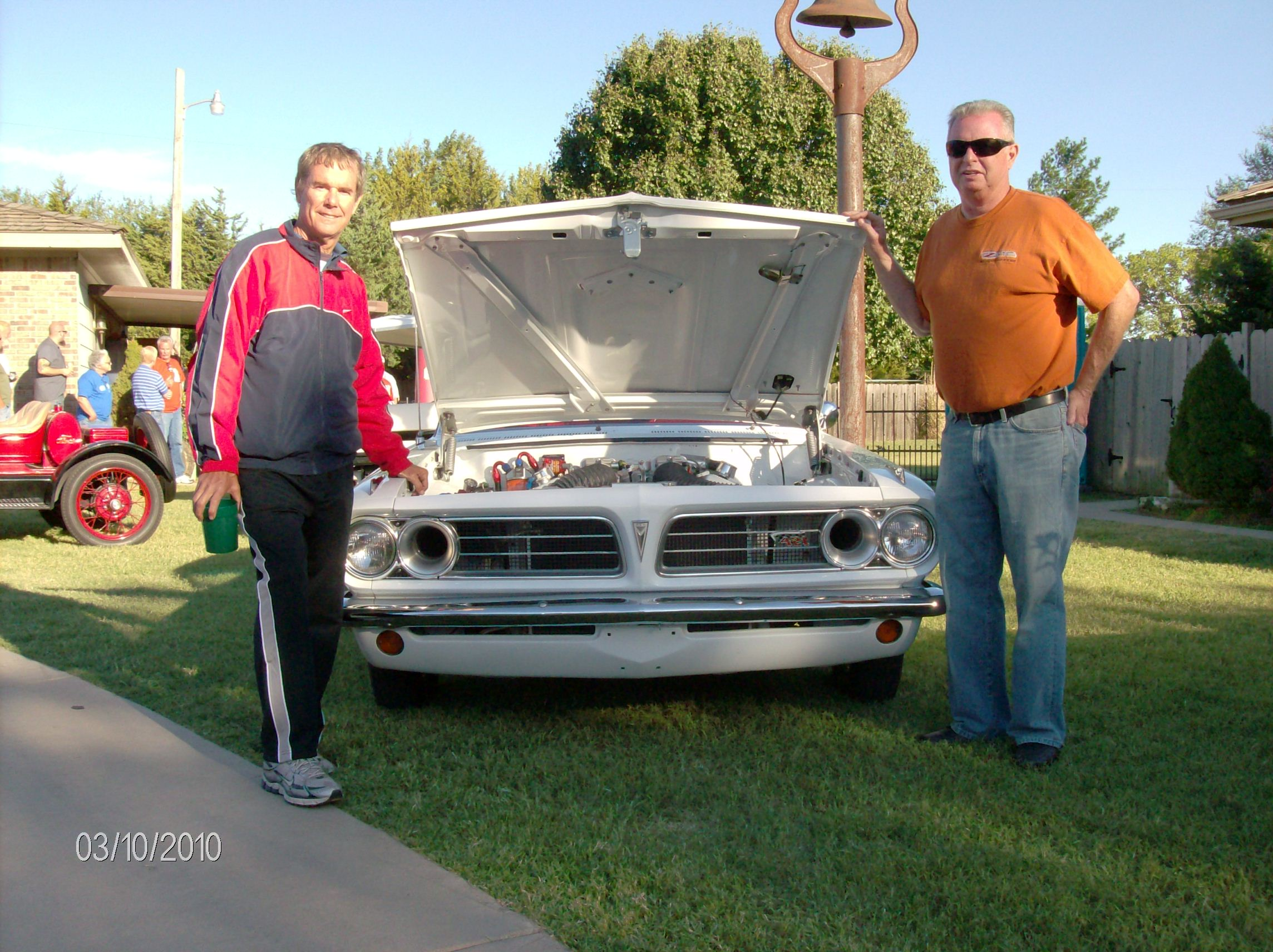 1963-pontiac-tempest-coupe-allan-and-dan